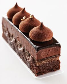 "1,494 Likes, 23 Comments - Кондитерская Студия. г.БАРНАУЛ (@vera.nikandrova) on Instagram: ""Брауни с шоколадным кремом. Brownie with chocolate cream. ‼️ДОСТУПЕН К ЗАКАЗУ‼️…"""