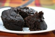 Single serving chocolate cake. Ready in 3 minutes and only 60 calories! Grain Free Chocolate Cake