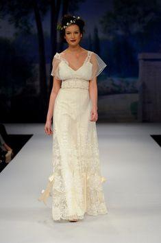 shabby chic wedding dress via French Wedding Style #weddingdress