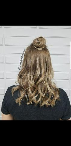 Sunkissed🌴🌞  #sunkissed #blonde #balayage #Schwarzkopf #yeghair