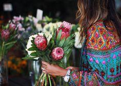 photography fashion summer hippie style inspiration boho flower flowers bohemian floral spring gypsy flower power hippie style hippie life g. Sincerely Jules, Earthship, Arte Floral, Boho Gypsy, Gypsy Rose, Look Fashion, Beautiful Flowers, Fresh Flowers, Beautiful Patterns