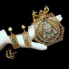Beautiful #MidCentur beauty bling jewelry fashion