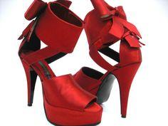 Zapatos para fiesta satin rojo.  ciudadrosa@gmail.com