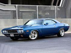 Dodge Challenger - Nice #dodgeclassiccars