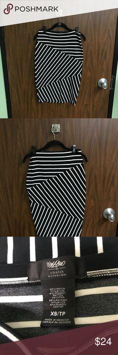 Black and white striped body con skirt Black and white body con skirt. EUC. D Mossimo Supply Co Skirts Pencil