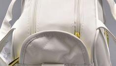 Como limpar bolsa de couro