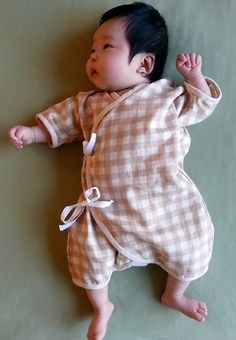 Items similar to Baby Kimono / Onesie, Japanese double gauze fabric / polka dot (blue, pink, beige and lavender) Newborn - 3 month on Etsy