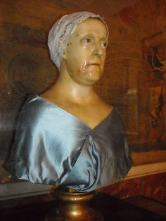 Bust in wax and glass of Maria Carolina of Austria, Quen of Naples (Vienna, about 1800 - Joseph Müller, 1750-1814) - Naples, Royal Palace #TuscanyAgriturismoGiratola