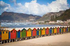Muizenberg Beach - Cape Town, África do Sul.   #lovecapetown #meetsouthafrica
