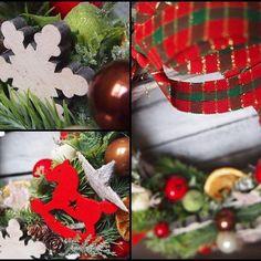 Pierwsze wianki są już u swoich właścicieli A na stronie kolejna nowość! Coś w kolorach czerwieni z drewnianymi dodatkami #wianek#katedecowianki#święta#wianekbozonarodzeniowy#dekoracje#dodatkidodomu#ozdoby#ozdobyświąteczne##dekoracjewnetrz#prezent#zima#christmas#xmas#homedecor#handmade#homesweethime#decorations#winter