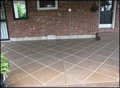 "New ""Tile"" Patio Floor Reveal! (and giveaway winner!) - Beneath My Heart Informationen zu New ""Tile"" Patio Floor Reveal! - Beneath My Heart P. Concrete Patios, Concrete Floors, Pavers Patio, Patio Stone, Diy Concrete, Backyard Patio, Walkway, Tile Patio Floor, Patio Flooring"