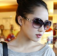 Stylish Sunglasses for Young Women's (2)