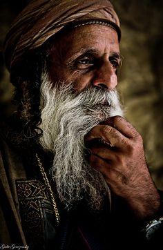 Yemenite Jew in Mahane Yehuda market, Jerusalem, Israel   Flickr - Photo Sharing!