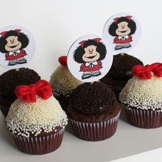 Mafalda cups Pancake Cupcakes, Cupcake Cakes, Dessert Decoration, Ideas Para Fiestas, Cupcake Wrappers, Baby Party, Amazing Cakes, Cake Toppers, Birthdays