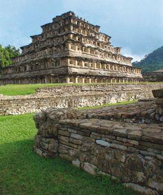 Patrimonio Mundial | 1992 - Ciudad Prehispánica de El Tajin - Bien Cultural