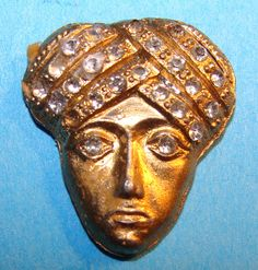 ButtonArtMuseum.com - Vintage Metal Rhinestone Head from Nations of The World Button