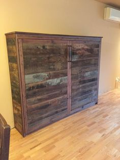 Rustic murphy bed rustic bed bed photo gallery rustic wood please rustic farmhouse bedroom wall decor Basement Guest Rooms, Guest Bedroom Office, Bedroom Furniture Stores, Diy Furniture, Rustic Murphy Beds, Bedroom Closet Doors, Condo, Bed Photos, Murphy Bed Plans