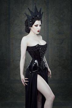 Morgana (Threnody In Velvet) for Dark Beauty Magazine Photographer: Iberian Black Arts Stylist/Designer: Forge Fashion Dark Beauty, Goth Beauty, Dark Fashion, Gothic Fashion, Mode Sombre, Gothic Mode, Dark Gothic, Dark Queen, Estilo Rock