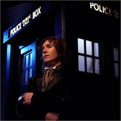 paul mcgann | Doctor Who (TV) : photo Paul McGann - AlloCiné