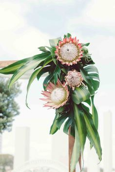A Mandurah Modern Island Style Wedding with tropical inspired touches- right down to the traditional Cook Islands inspired attire, haka and dancing. Wedding Ceremony Arch, Beach Wedding Reception, Beach Wedding Flowers, Hawaii Wedding, Floral Wedding, Bali Wedding, Green Wedding, Chic Wedding, Wedding Bride