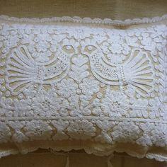 Hand embroidered on hand woven vintage linen. These cushions originate from the Kalotaszeg region of Transylvania, Romania. Hungarian Embroidery, Bird Embroidery, Embroidery Patterns, Embroidered Cushions, Textiles, Fiber Art, Folk Art, Needlework, Hand Weaving