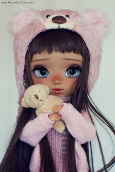 Welcome to Poison Girl's Dolls! I'm María and customizing dolls is my passion. Pullip & Blythe custom dolls for sale in my shop. Anime Dolls, Blythe Dolls, Girl Dolls, Pullip Custom, Custom Dolls, Beautiful Barbie Dolls, Pretty Dolls, Cartoon Girl Images, Cute Baby Dolls