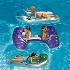 Have the ultimate water fight with the Swimline BattleBoard Pool BattleStation Set Crazy Pool, Lake Toys, Cool Pool Floats, Pool Rafts, Kid Pool, Pool Toys For Kids, Lake Pictures, Summer Pool, Beach Pool