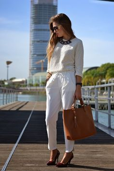 Office Chic And Stylish Office Outfits