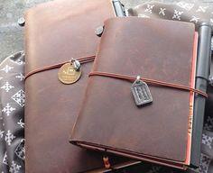 Midori Traveler's Notebook x Diy Notebook, Journal Notebook, Moleskine, Day Planners, Pen And Paper, Book Binding, Smash Book, Travelers Notebook, Bullet Journal