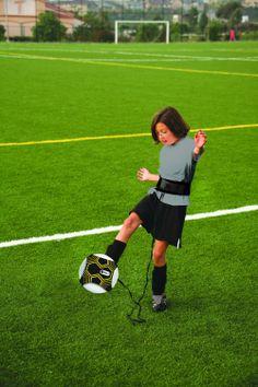Amazon.com  SKLZ Star Kick Solo Soccer Trainer  Sports   Outdoors f0b175bc7