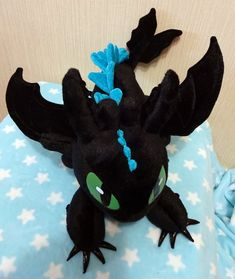 How to Train Your Dragon inspired Alpha Mode Toothless the Night Fury (38x48x48 cm) large plushie, minky plush with poseable wings