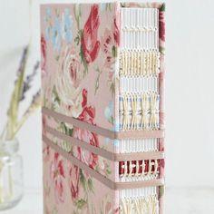 Peachy tones ♡  #bookbinding #handmade #bookarts #journal #album #sewing #notebook #handmadebook #etsy #etsyseller #etsysuccess #gift #etsygifts