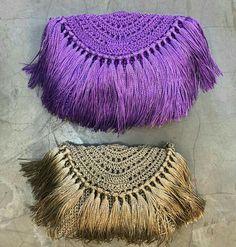 It Girl Accessories Diy Crochet Bag, Crochet Clutch Bags, Crochet Wallet, Crochet Handbags, Crochet Purses, Love Crochet, Crochet Lace, Clutch Purse, Macrame Bag