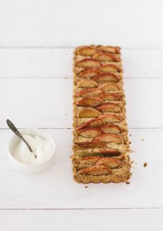 apple almond tart + a giveaway