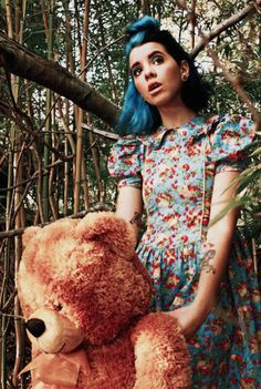 Melanie Martinez is just so beautiful. I can't handle the feels.