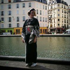 """""""【着物】 本業の着物のこと。 2011年に出版した本のためにパリで撮影したもの。 サンマルタン運河、コンバース、付け襟、レース。 こちらはiPhoneのわたしが撮ったメイキング #kimono #キモノ #着物 #きもの #yumi_kimono #yamamotoyumi #やまもとゆみ"""""""