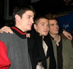 James Lafferty, Chad Murray et Tyler Hilton ont de quoi sourire !