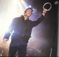 Oasis 1991 - ∞ Gene Gallagher, Lennon Gallagher, Liam Gallagher Oasis, Tambourine, Britpop, Rock Stars, Paul Mccartney, Blur, Lima