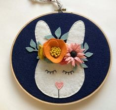 Embroidery Hoop Crafts, Wooden Embroidery Hoops, Embroidery Hoop Art, Hand Embroidery Patterns, Custom Embroidery, Tissue Paper Flowers, Felt Flowers, Diy Flowers, Felt Crafts