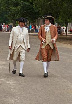 """Colonial Williamsburg """"Colonial Williamsburg is trying to bring its visitors face to face with the internal conflicts and contradictions of the Revolutionary War era and their ripple effects across politics and society today.""""  http://www.salon.com/2013/04/07/colonial_williamsburg_where_the_tea_party_gets_schooled/  156520_10151414142384576_1529228244_n.jpg (671×960)"""