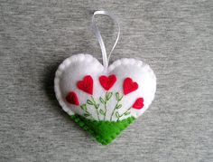Felt ornament hearts flowers easter decoration by feltgofen