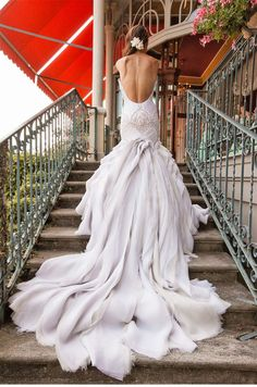 50 Gorgeous Wedding Dresses with Train - holy hell this is amazing! i think i just found my dream wedding dress