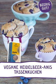 Heidelbeer-Anis-Tassenkuchen - ein beeriges Dessert für Groß und Klein. #vegan #backen #Tassenkuchen #Beeren #Heidelbeeren #anis #blaubeere Dessert Recipes, Desserts, Muffins, Yummy Food, Sweets, Cooking, Breakfast, Vegetarian Recipes, Biscuits