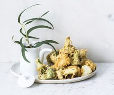 Japanilainen parsa- ja kukkakaalitempura Parsa, Tempura, Sugar Bowl, Bowl Set