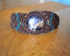 Bracelet macramé ethnique marron pierre semi-précieuse de sodalite : Bracelet par stonanka