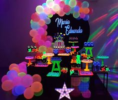 Birthday Party For Teens, Teen Birthday, Neon Party, I Party, Disco 80, Birthday Decorations, Some Fun, Sweet 16, Special Occasion