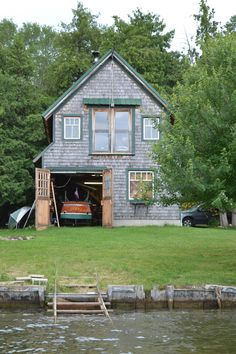 Dry land boathouse. Typical Lake Simcoe style or busy river properties . Get the boat out of the water.