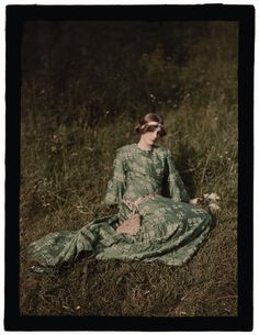 "#Edwardian #Opulence John Cimon Warburg (1867-1931), ""Daydreams"", ca. 1909 © The Royal Photographic Society Collection at the National Media Museum, Bradford"