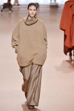 Issey Miyake | Paris | Inverno 2015 - Vogue | Inverno 2015
