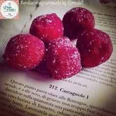 Conoscete la ricetta delle #castagnole romagnole? #italiaintavola #emiliaromagnaintavola #italy #italianfood #dessert